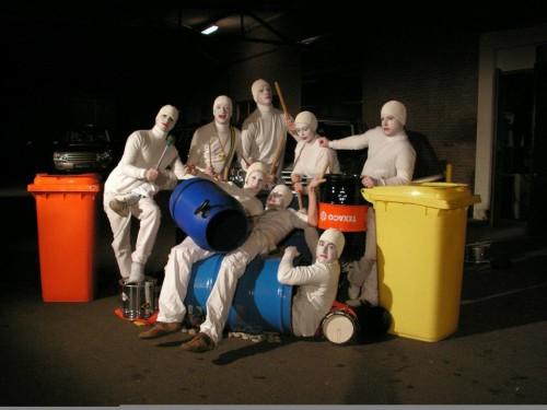 Slagwerkperformance met Drumpeople