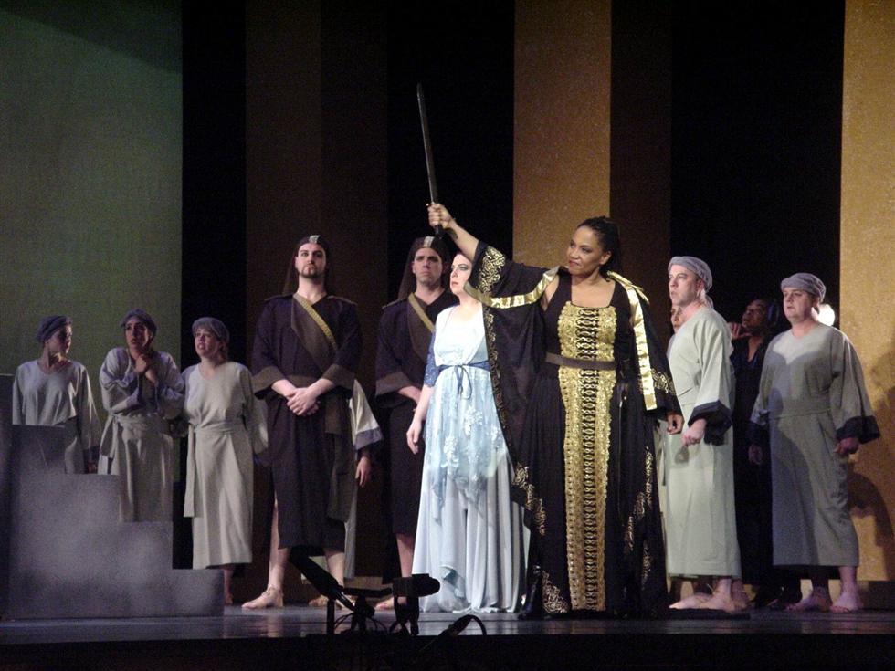 figurantenrol in opera Nabucco